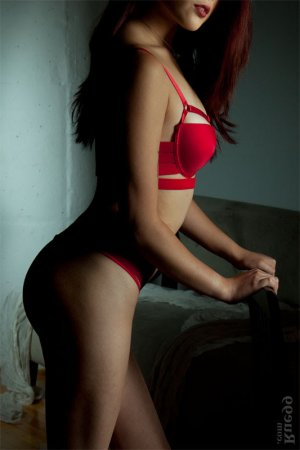 Mellina redhead escort girl in Corby, UK