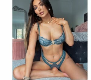 Brunaelle high end escorts in Lauderdale Lakes