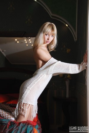 Ruffine young escorts in Greenfield Town, MA